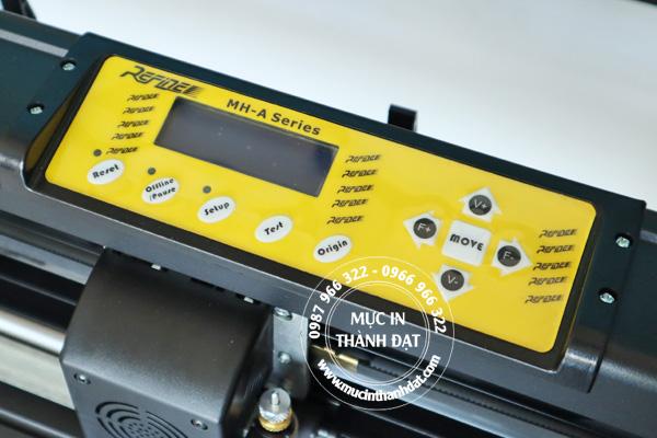 Bảng điều khiển máy cắt decal AC721