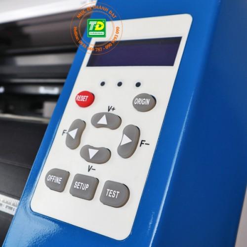 Bảng điều khiển máy cắt bế decal AB-720